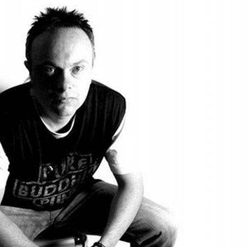 Tony walker profile pic BW - LDC Radio - Leeds No.1 Dance Music FM Radio Station