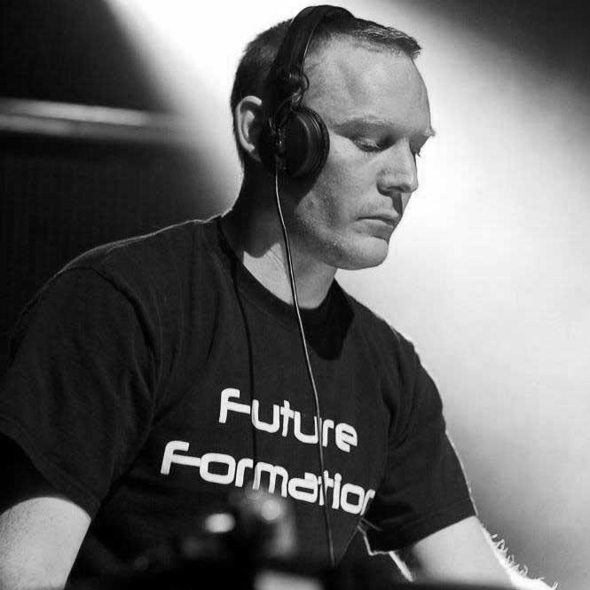DJ Holsta