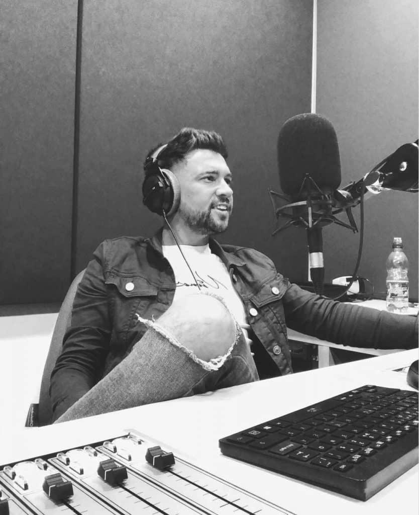 Dale Dixon - LDC Radio - Leeds No.1 Dance Music FM Radio StationMusic on, World off - LDC Radio - Leeds No.1 Dance Music FM Radio Station