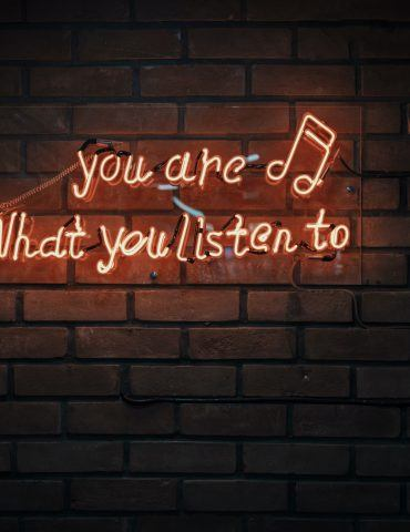 New Study: Listening to Music Can Improve Exercise Performance- LDC Radio - Leeds No.1 Dance Music FM Radio Station
